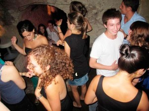A night out in a typical cavernous bar in the south of France