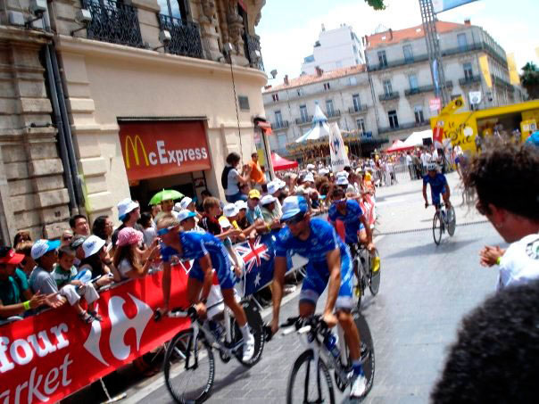 "Aktivitäten in Montpellier - IEF - Tour de France in ""Place de la Comédie"""